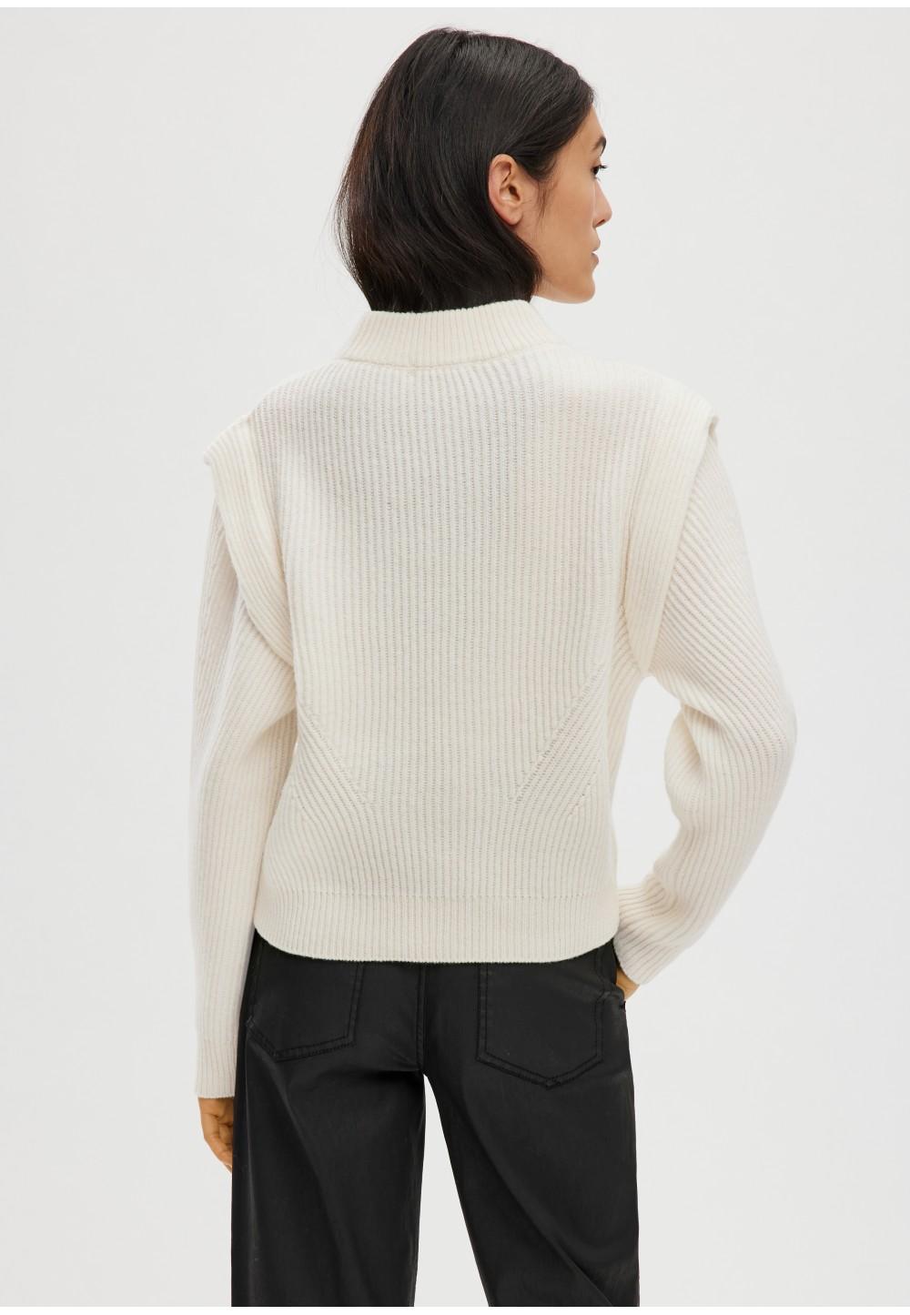 Свитер из шерсти с элегантными деталями на плечах