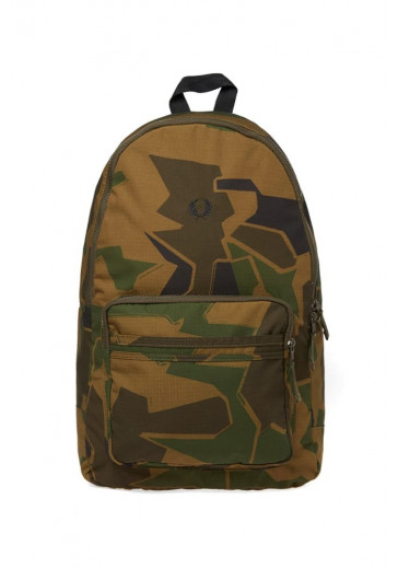 Рюкзак в стилі мілітарі