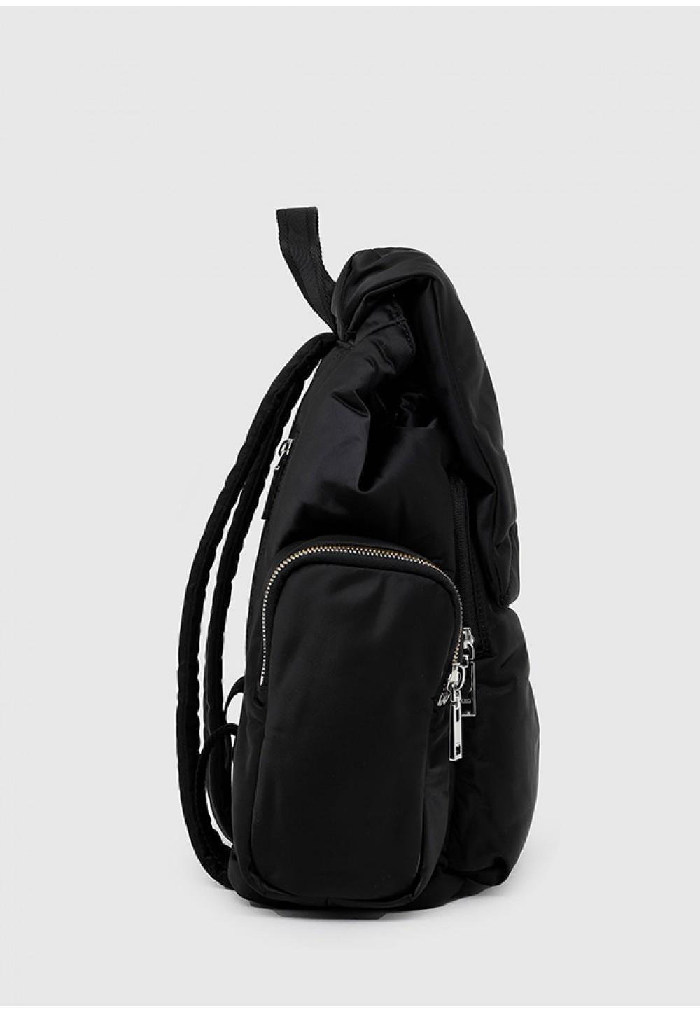 Практичный рюкзак черного цвета