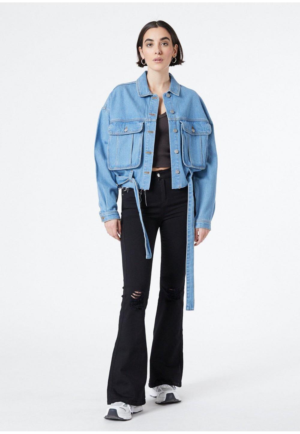 Жіночий джинсовий жакет вільного крою