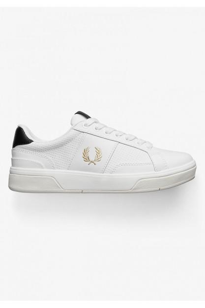 Белые кожаные кеды с логотипом