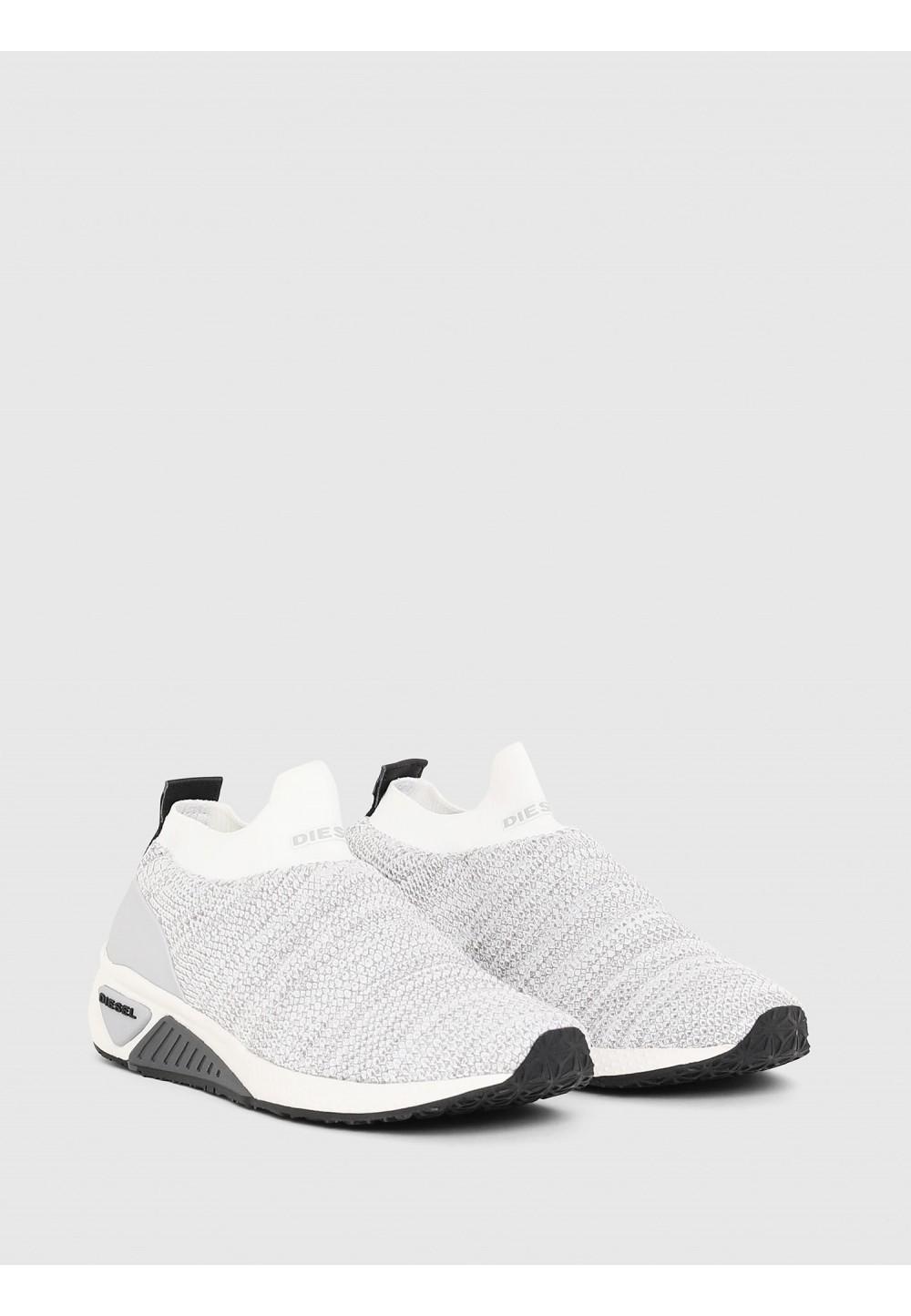 Кроссовки слипоны с носочной вязкой